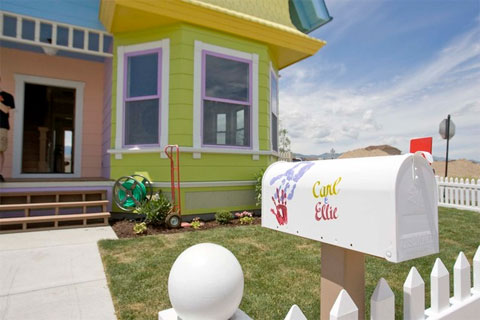 Carl & Ellie's Mailbox