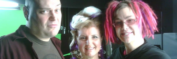 wachowski_siblings_arianna_huffington_slice
