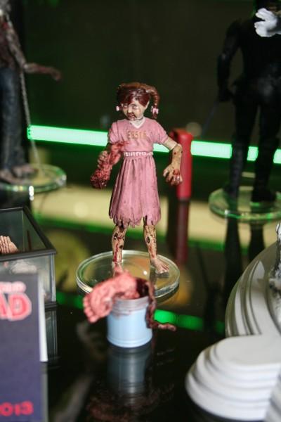 caminhando-dead-mcfarlane-toy-imagem (12)
