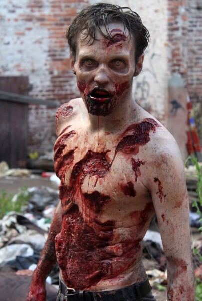 walking-dead-season-2-zombie