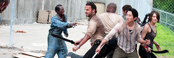 walking-dead-season-3-prison-slice