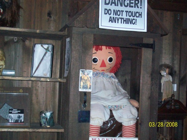 warren-files-haunted-room-annabell-doll