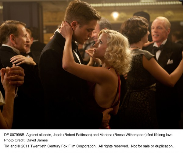 Robert_Pattinson_Water_For_Elephants_image