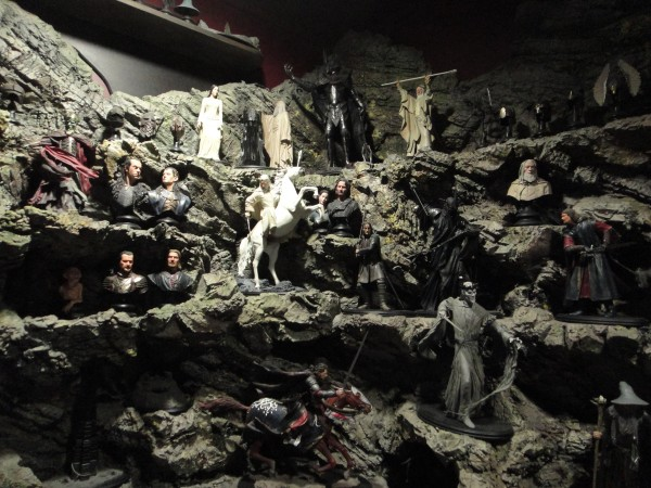 weta-cave-store-image (12)