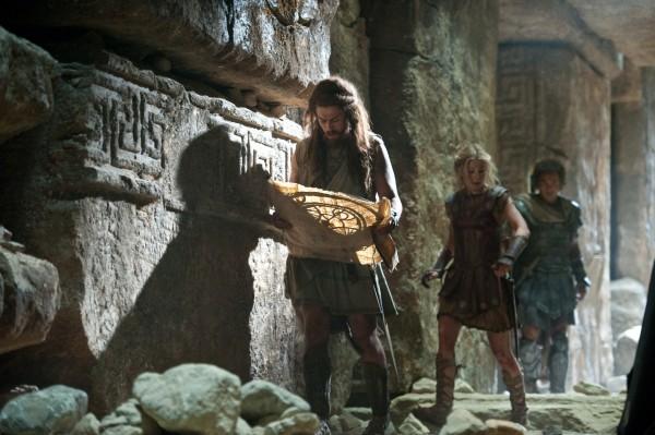 wrath-of-the-titans-toby-kebbell-rosamund-pike-sam-worthington-review